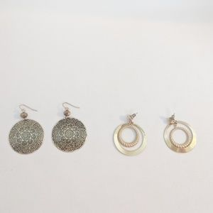 💢3 for $25💢 2 Pairs Gold Tone Dangle Earrings
